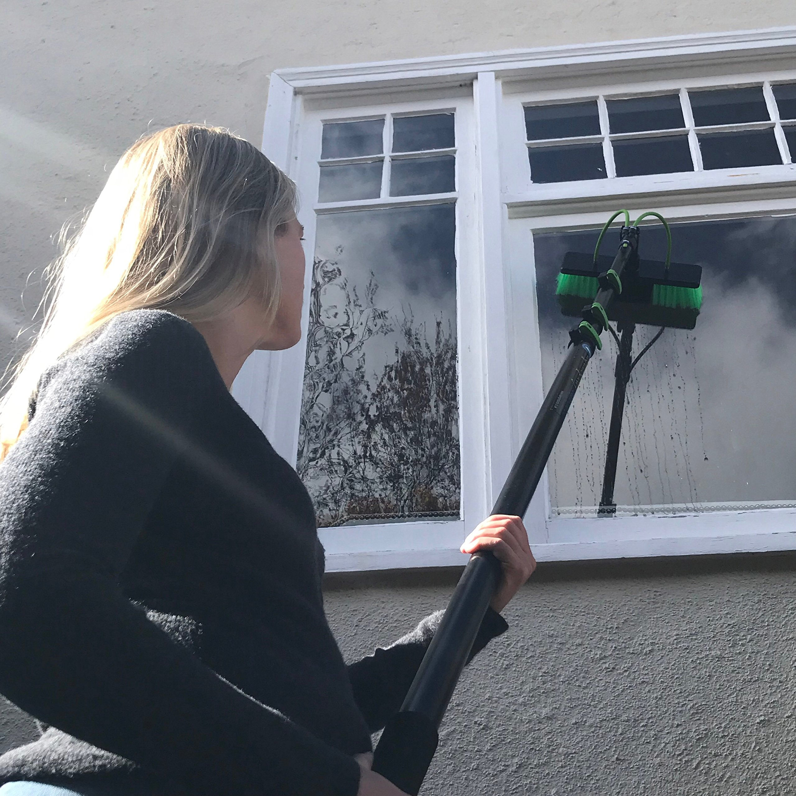 30 ft Water Fed Pole, Window & Solar Panel Cleaning Tool with Brush & Squeegee AquaSpray by EquipMaxx by EquipMaxx AquaSpray (Image #4)