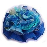 Broche fleur bleu en tissu satin et mousseline de soie. Tulle.