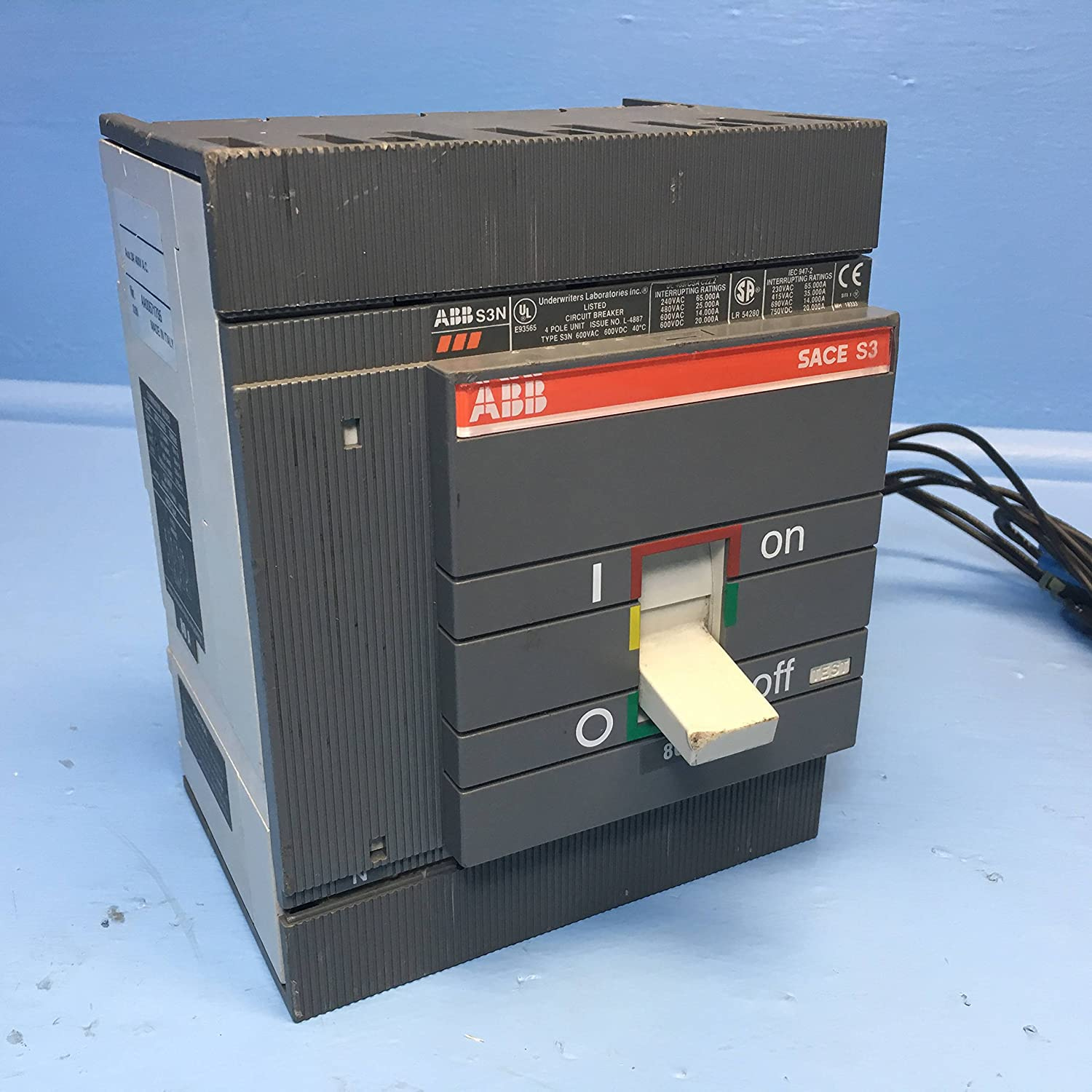 Abb Sace S3 80a Circuit Breaker 4 Pole W Aux 600v Type S3n 80 Amp Wiring Diagram Power Industrial Scientific