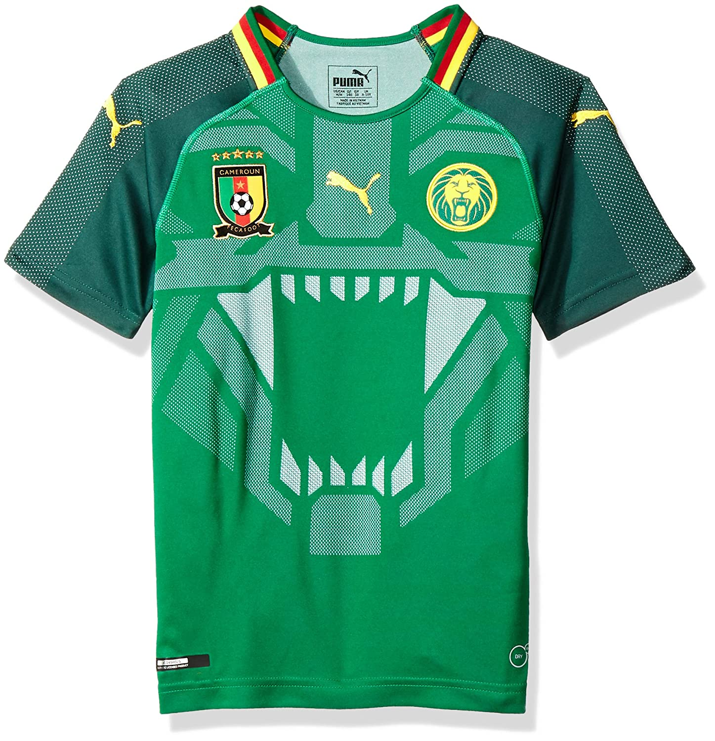 dba9a9c4f99 Amazon.com   PUMA 2018-2019 Cameroon Home Football Soccer T-Shirt Jersey  (Kids)   Sports   Outdoors