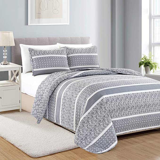 Amazon Com Reversible Paisley Striped Bedspread Twin Size Quilt With 1 Sham 2 Piece Reversible All Season Quilt Set Grey Quilt Coverlet Bed Set Kadi Collection Kitchen Dining