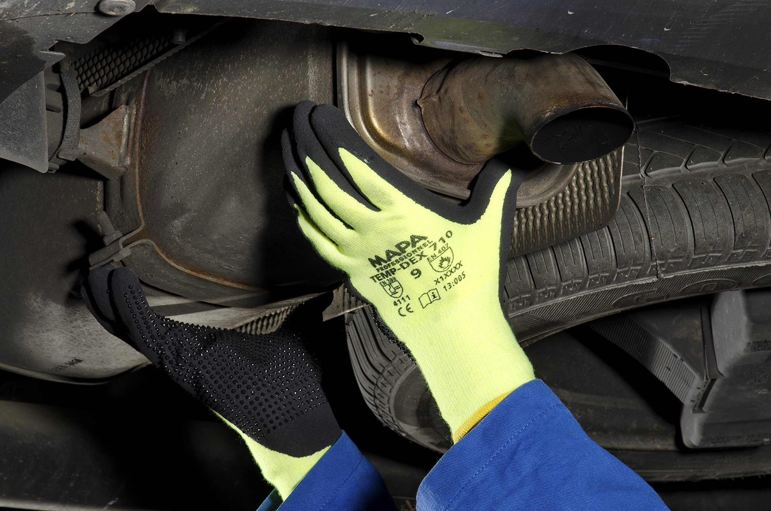 MAPA Temp-Dex 710 Nitrile Lowweight Glove, High Temperature, 10-1/4'' Length, Size 7, Black/Green by MAPA Professional (Image #1)