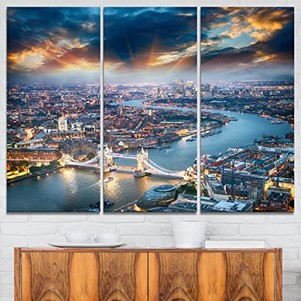 Designart Aerial View Of London At Dusk Cityscape Photo Canvas Art Print 36x28in Multipanel 3 Piece 36x28 3 Panels Amazon Ca Home Kitchen