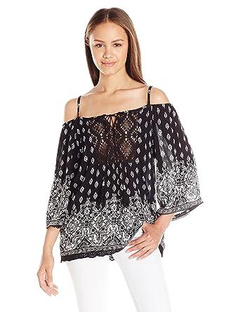 f8fd4311d5ce32 Amazon.com: Angie Women's Cold-Shoulder Top: Clothing