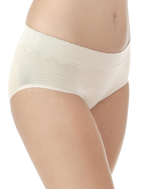 c6e3e4927bfb Vanity Fair Women's No Pinch-No Show Seamless Hip Brief Panty 18170 at Amazon  Women's Clothing store: