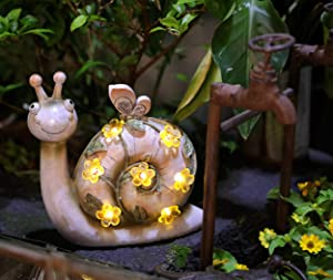 WSgift Garden Statue Resin Snail Figurine Solar Powered Outdoor Figurine Lights for Patio Lawn Yard Decorations, L8.5 x W3.5X H8.5 Inch