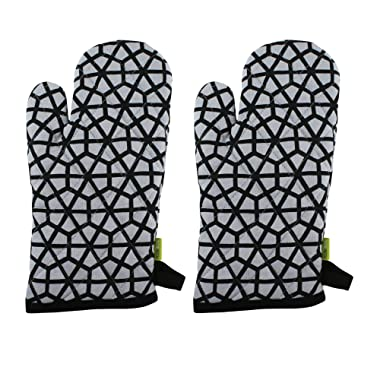 "Set of 2 Oven Mitts, 100% Cotton of Size 7""X12 Inch, Eco-Friendly & Safe, Black Hive Design for Kitchen"