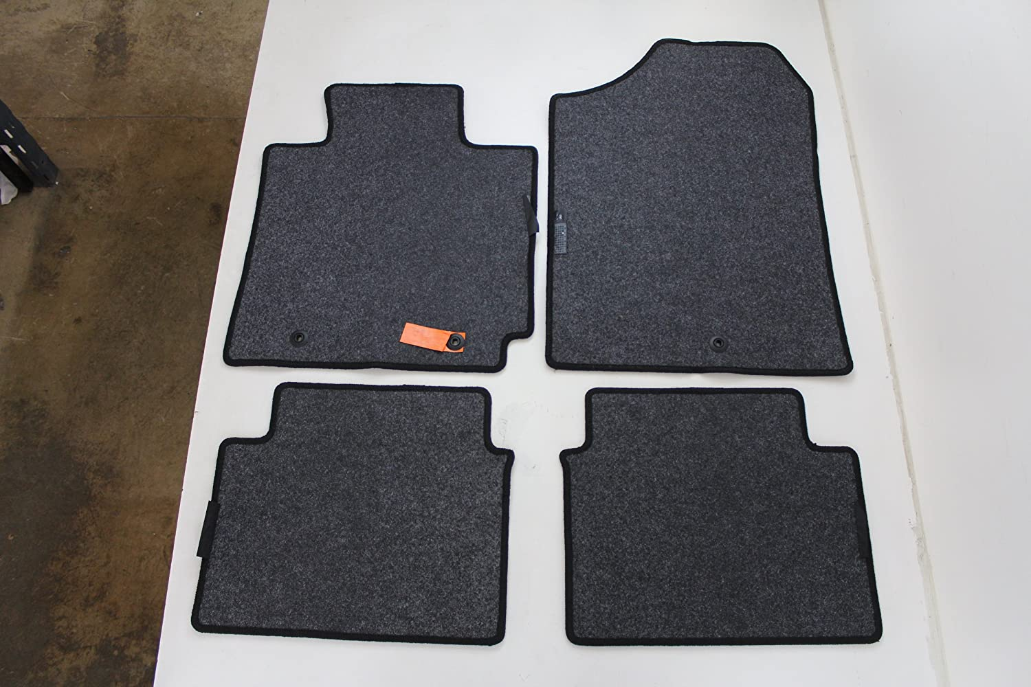 Genuine Hyundai Accessories 2VF14-AC000RY Black Carpeted Floor Mat with Veloster Logo for Hyundai Veloster