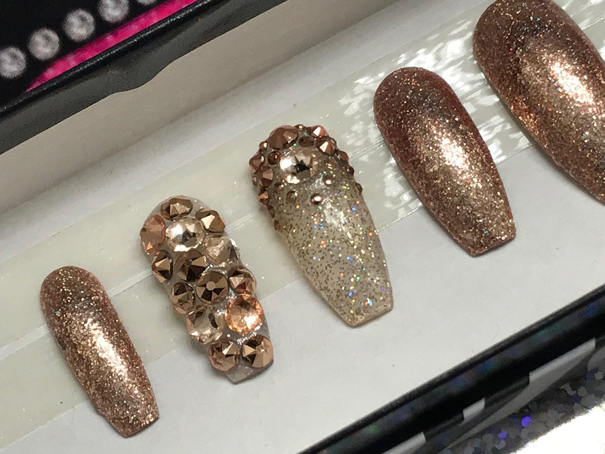 Golden Rose Gold Full Coverage Hand Designed Nail Set
