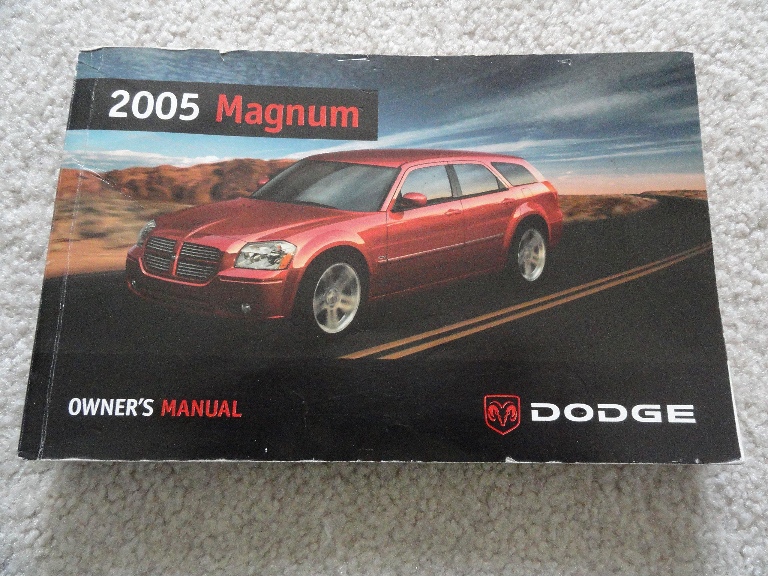 2005 dodge magnum owners manual dodge amazon com books rh amazon com 2005 Dodge Magnum SE 2005 polaris magnum 330 owner's manual