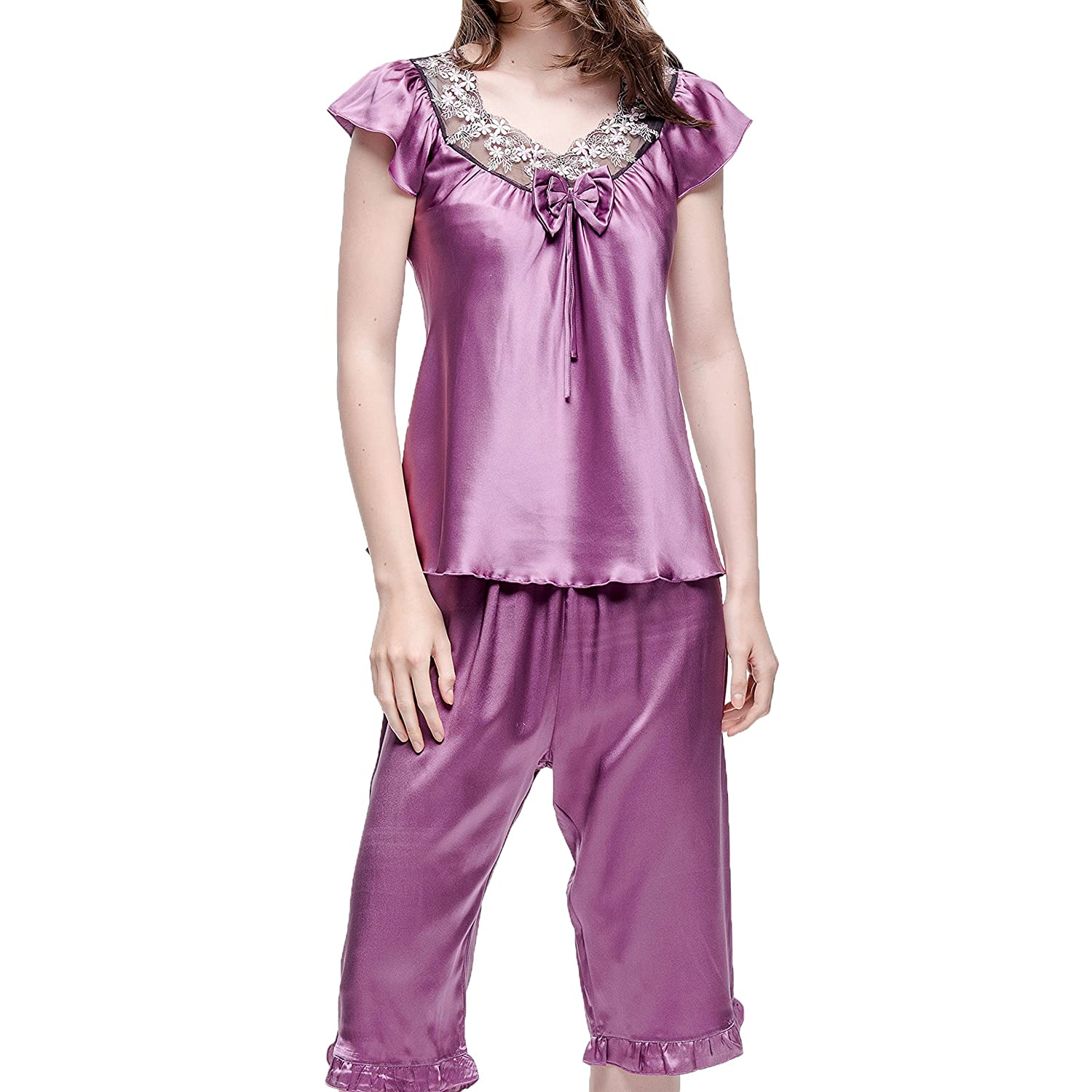 61b651d1aaf0 Chesslyre Women s Silk Pajamas 2 Piece-Lace Embroidered Cap Sleeve Top With  Short Pants at Amazon Women s Clothing store