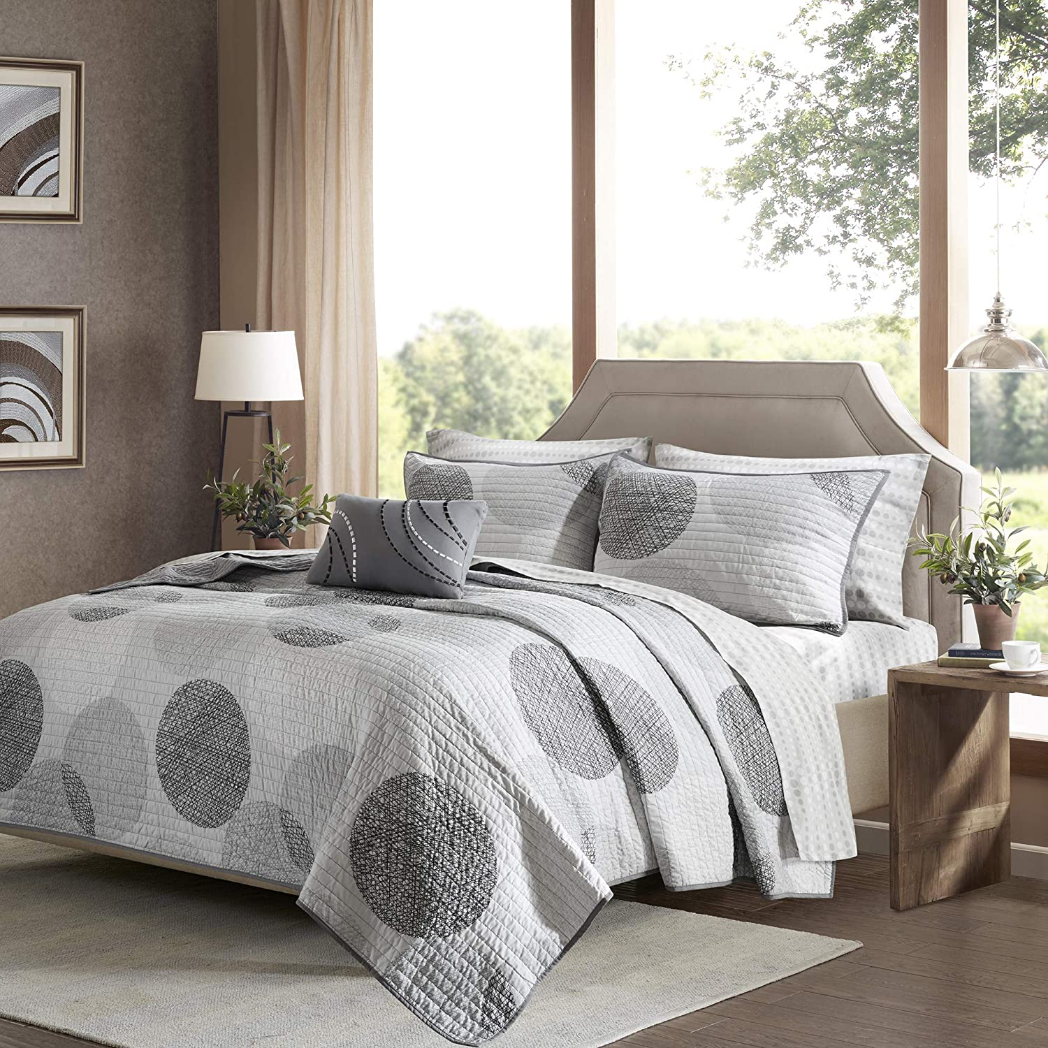 8 Piece Bedding Quilt Coverlets Geometric Dots Ultra Soft Microfiber with Cotton Sheets Bed Quilts Quilted Coverlet Grey Madison Park Essentials Knowles Full Size Quilt Bedding Set