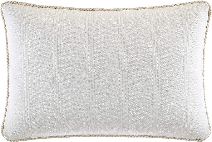 https www amazon com nautica saybrook throw pillow 14x20 dp b07t1dvxyx