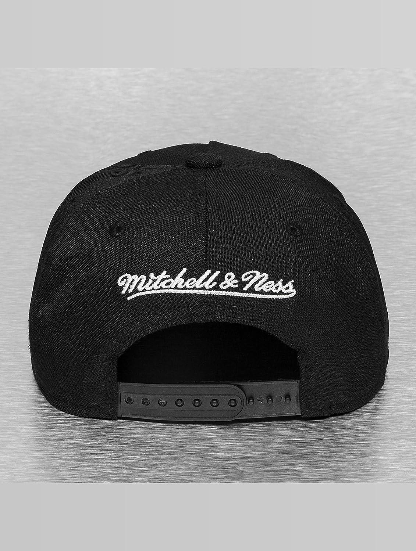 d32b4f6b297 Mitchell   Ness Men Caps Snapback Cap Tropical Visor Sonic Black  Adjustable  Amazon.co.uk  Clothing