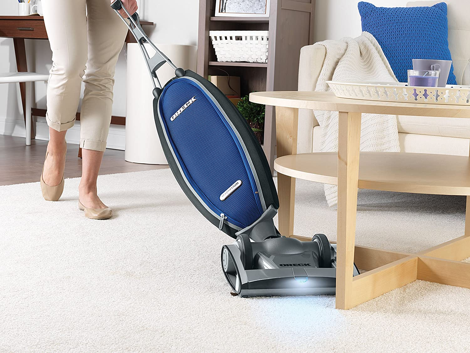 Oreck Magnesium RS Swivel-Steering Bagged Upright Vacuum LW1500RS ...