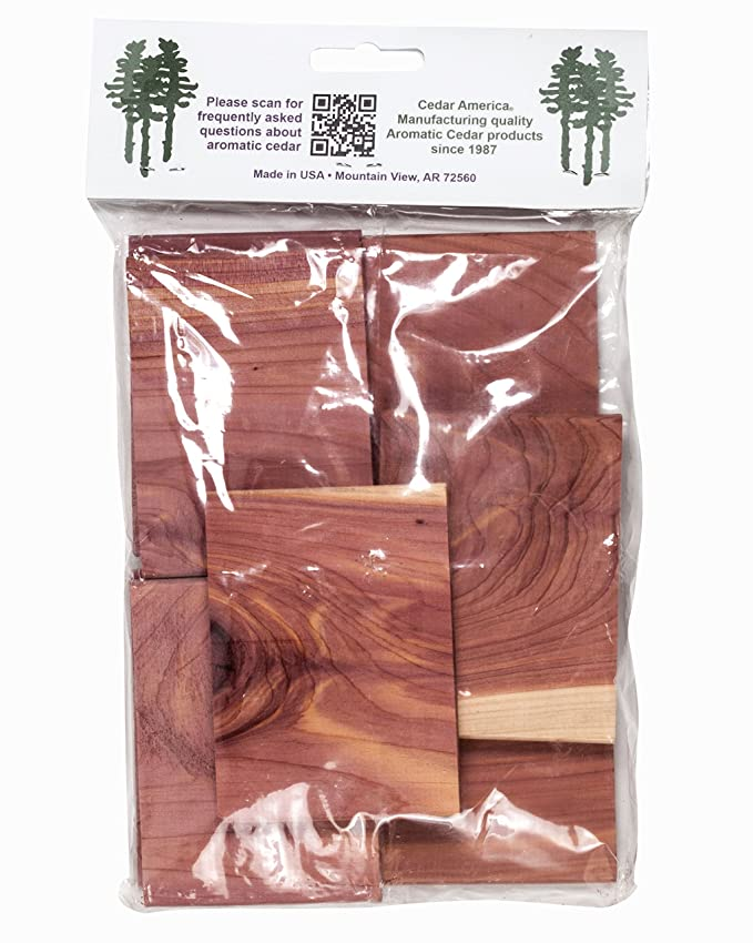 Amazon.com: Cedar America Natural Aromatic Cedar Wood Blocks, 2-Pack (16 Blocks in Total): Home & Kitchen