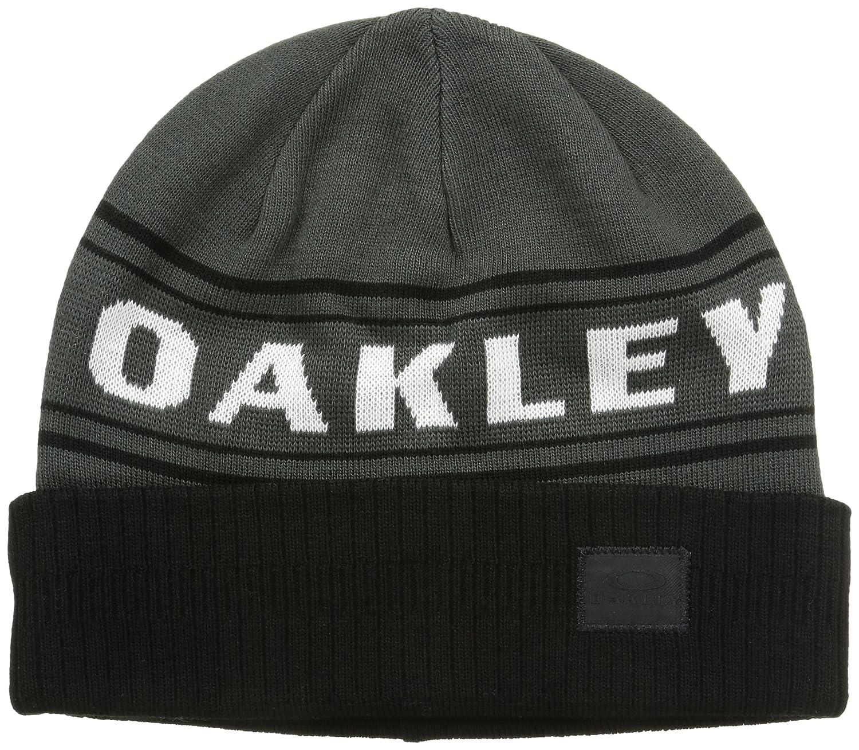 8dd4607fbaa Amazon.com   Oakley Men s Rock Garden Cuff Beanie   Sports   Outdoors