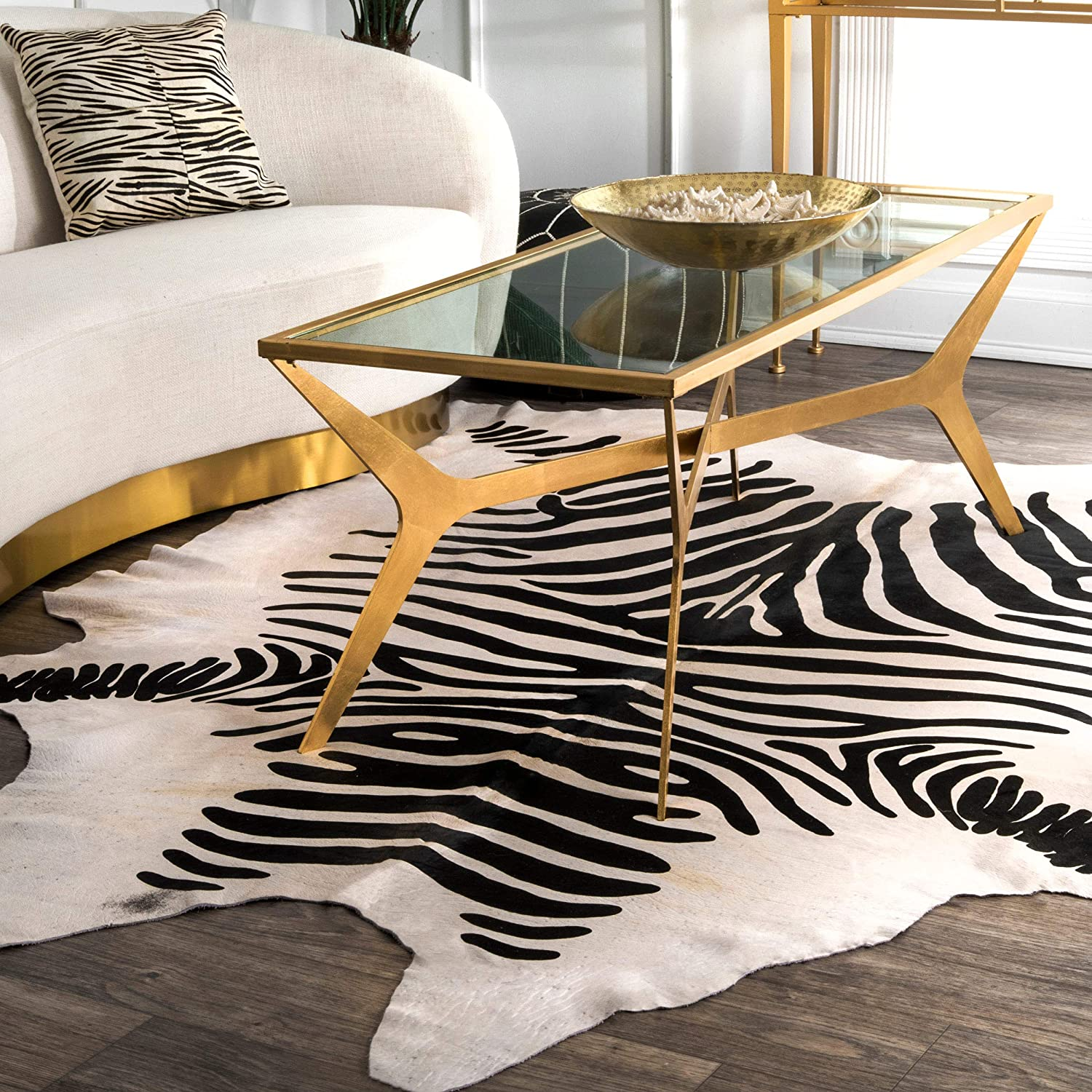 Nuloom Striped Handmade Cowhide Shaped Rug 5 X 7 White Furniture Decor