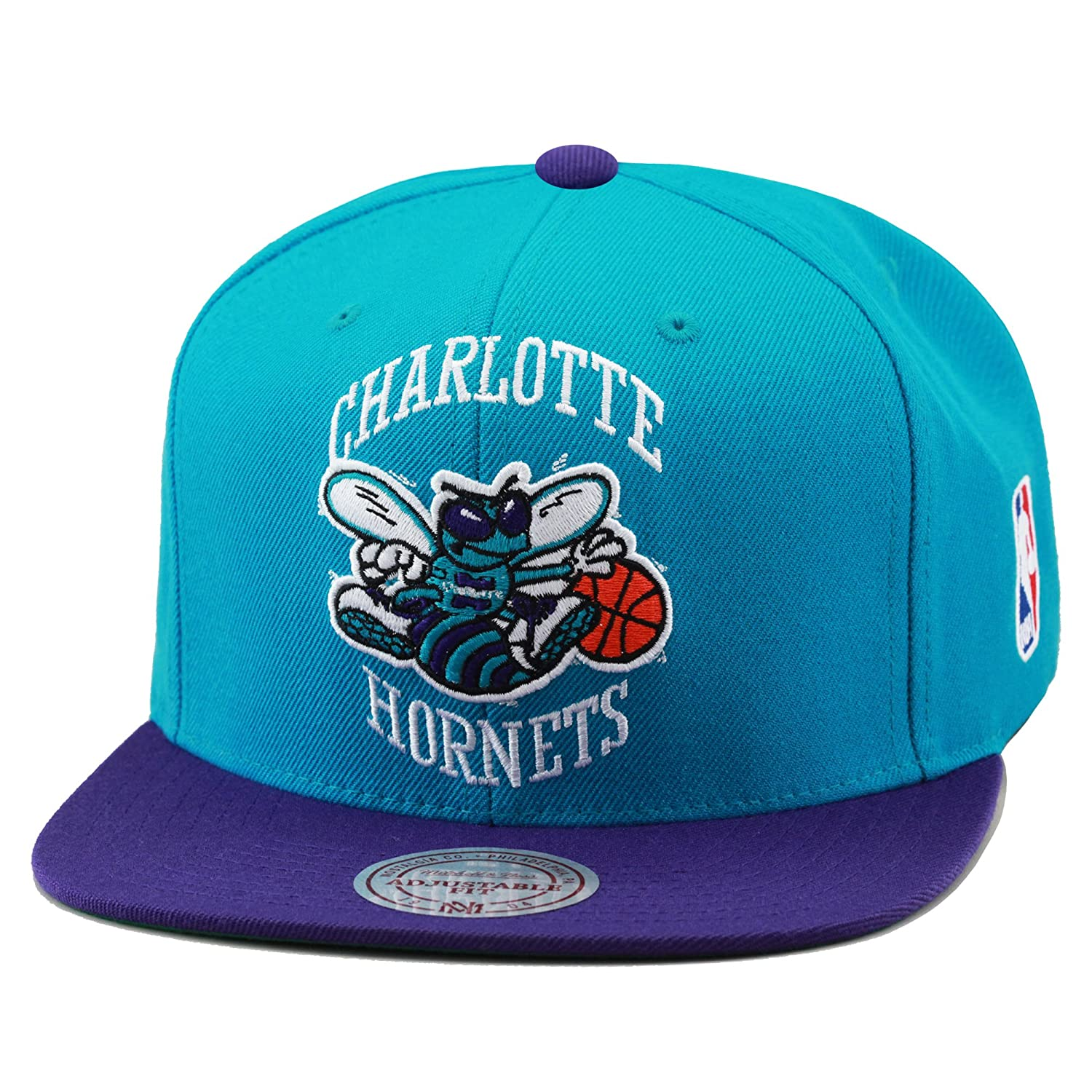 Amazon.com  NBA Mitchell   Ness Charlotte Hornets XL Logo Two Tone Snapback  Hat - Creole Blue Dark Purple  Clothing 9d5ca4f9083
