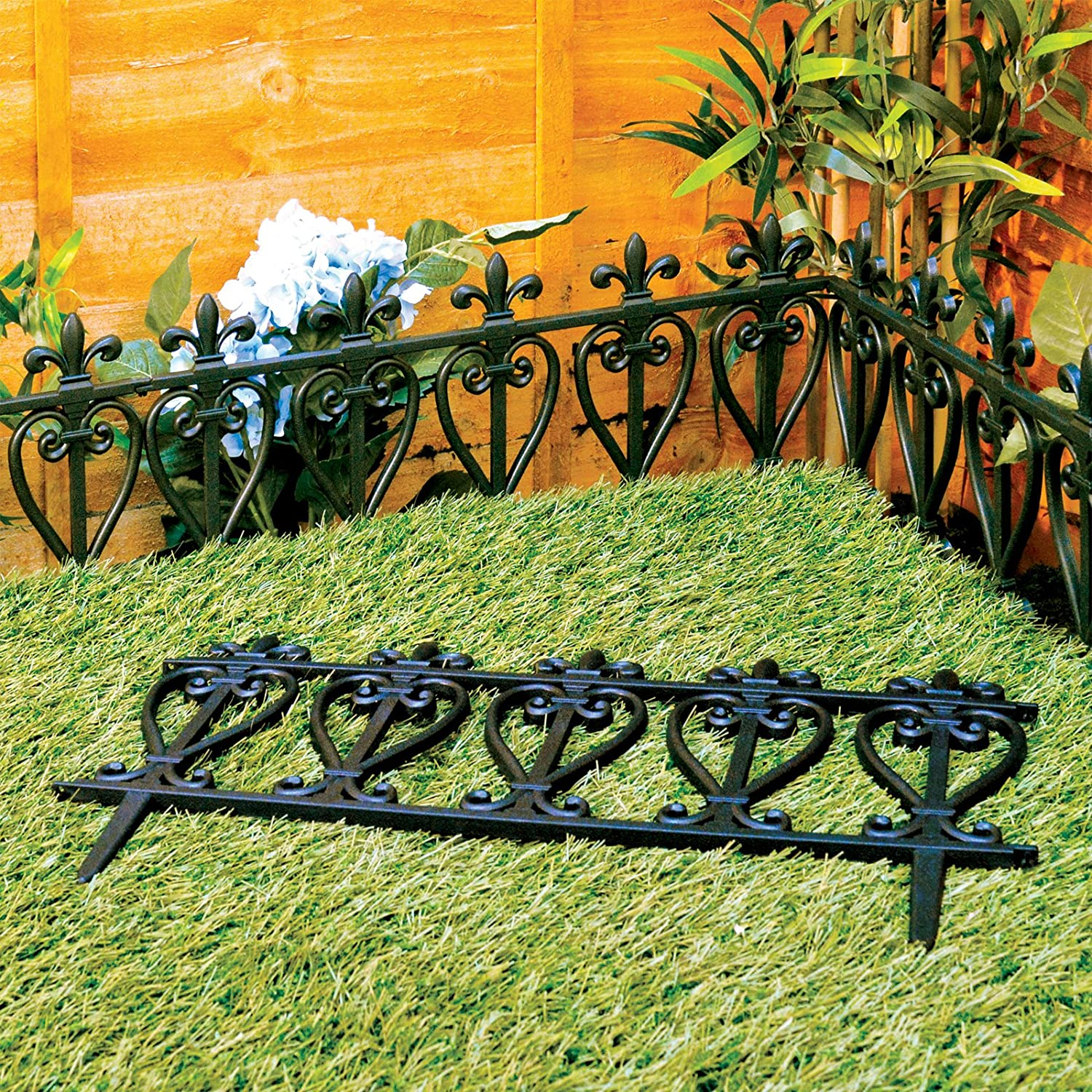 Lawn Enclosure 30 cm 4m Plastic Flowerbed Border Fence Ornate Garden Fence