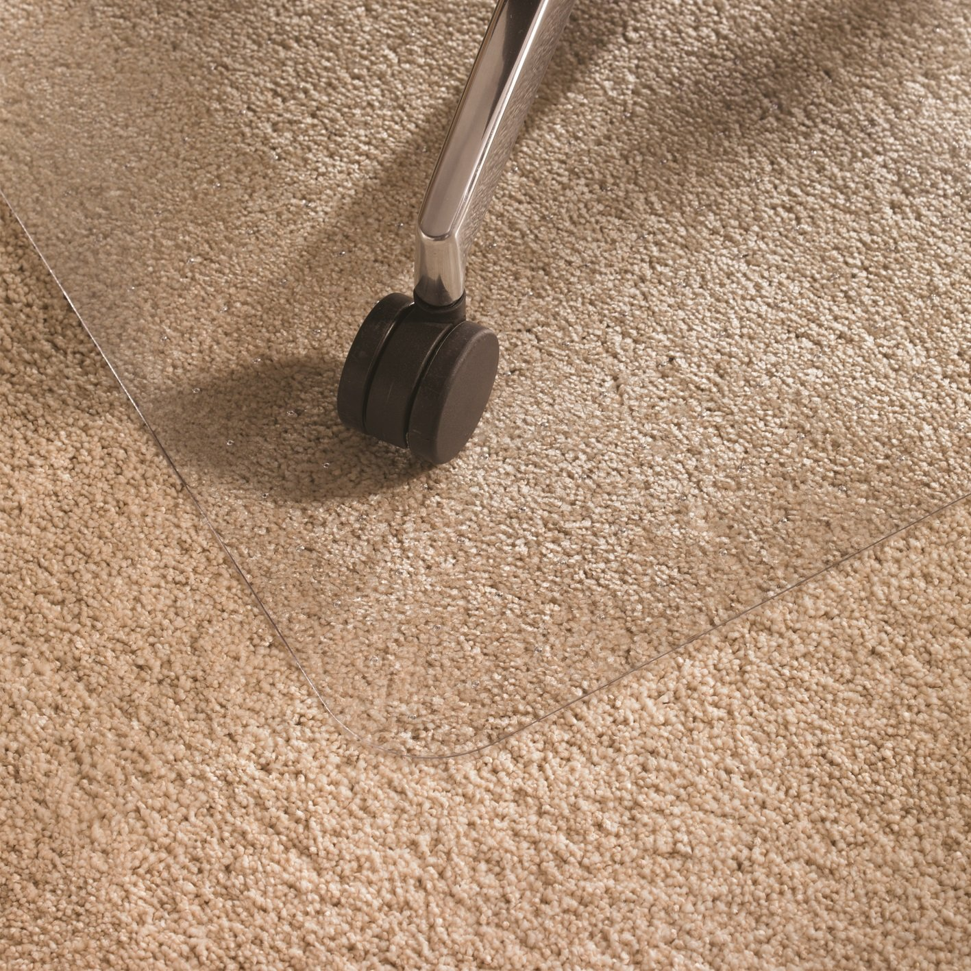 Cleartex Ultimat Chair Mat, Clear Polycarbonate, for Low/Medium Pile Carpets up to 1/2'', Rectangular with Lip, 48'' x 53'' (FR1113423LR) by Floortex (Image #3)