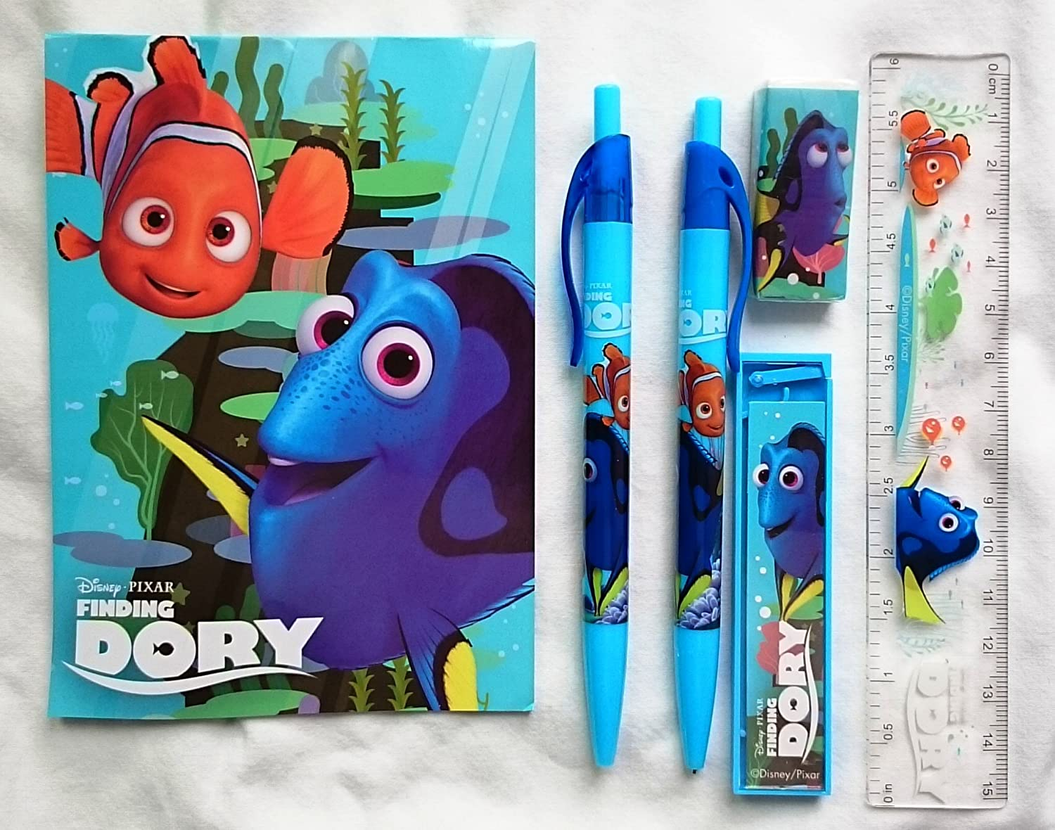 FINDING DORY Kids 16 PC COLOURING PENCILS SET School Stationary Birthday Gift