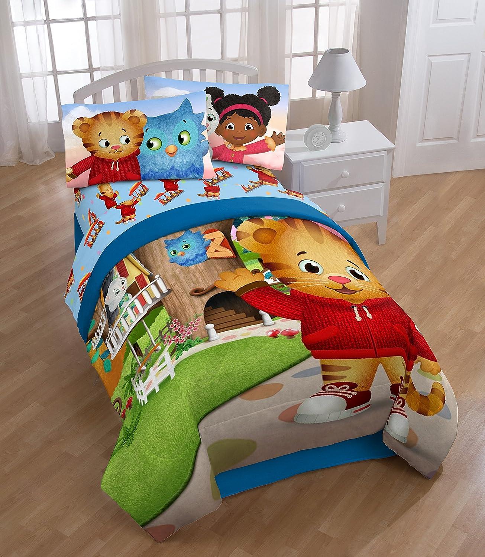 PBS Kids Daniel Tiger Treehouse Pals Twin Comforter, Blue/Green