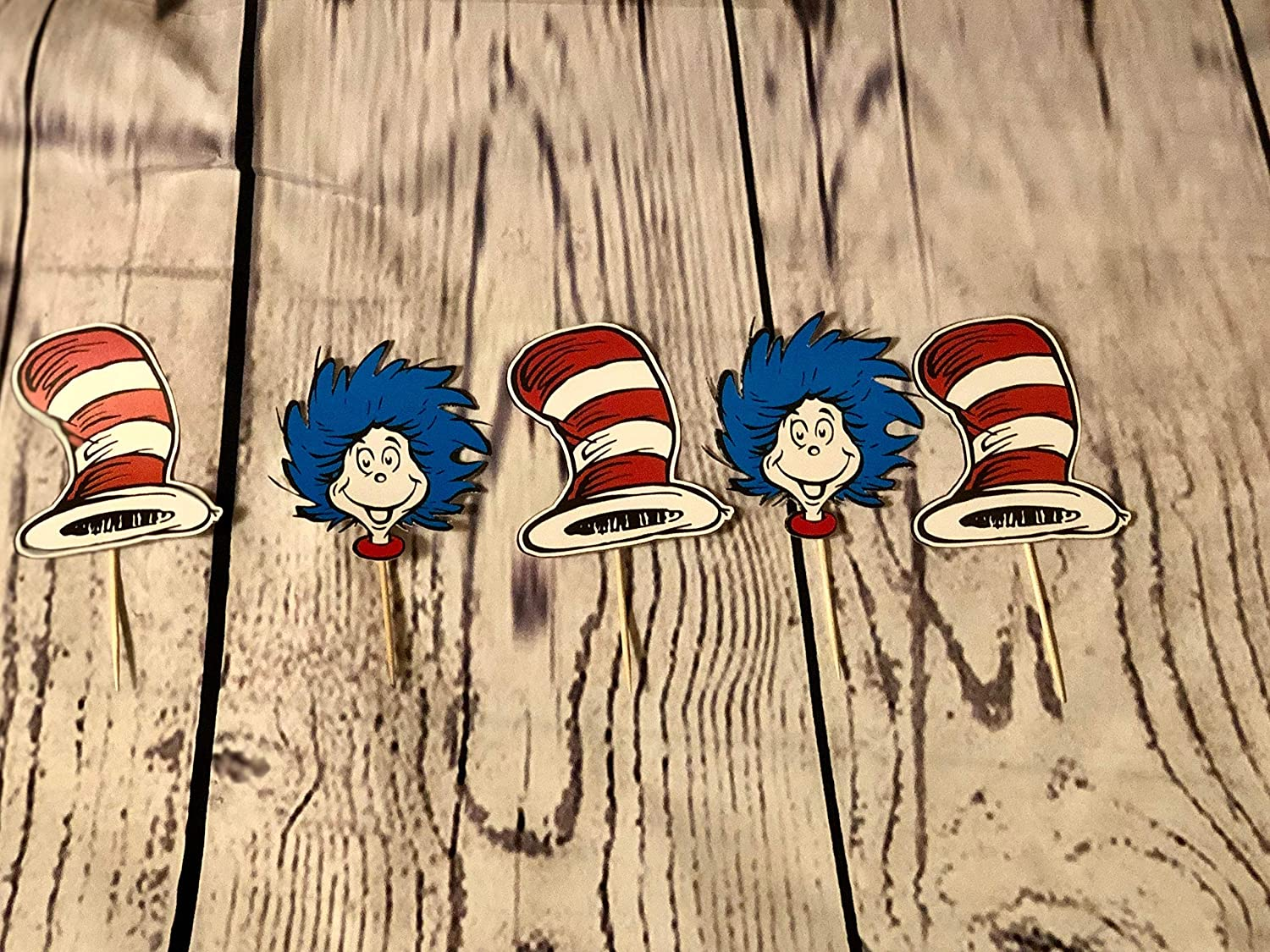 Dr Seuss Cat in the Hat Cupcake toppers//Dr Seuss theme//Cat in the hat party//Cat in the Hat Party Supplies//Dr Seuss Inspired