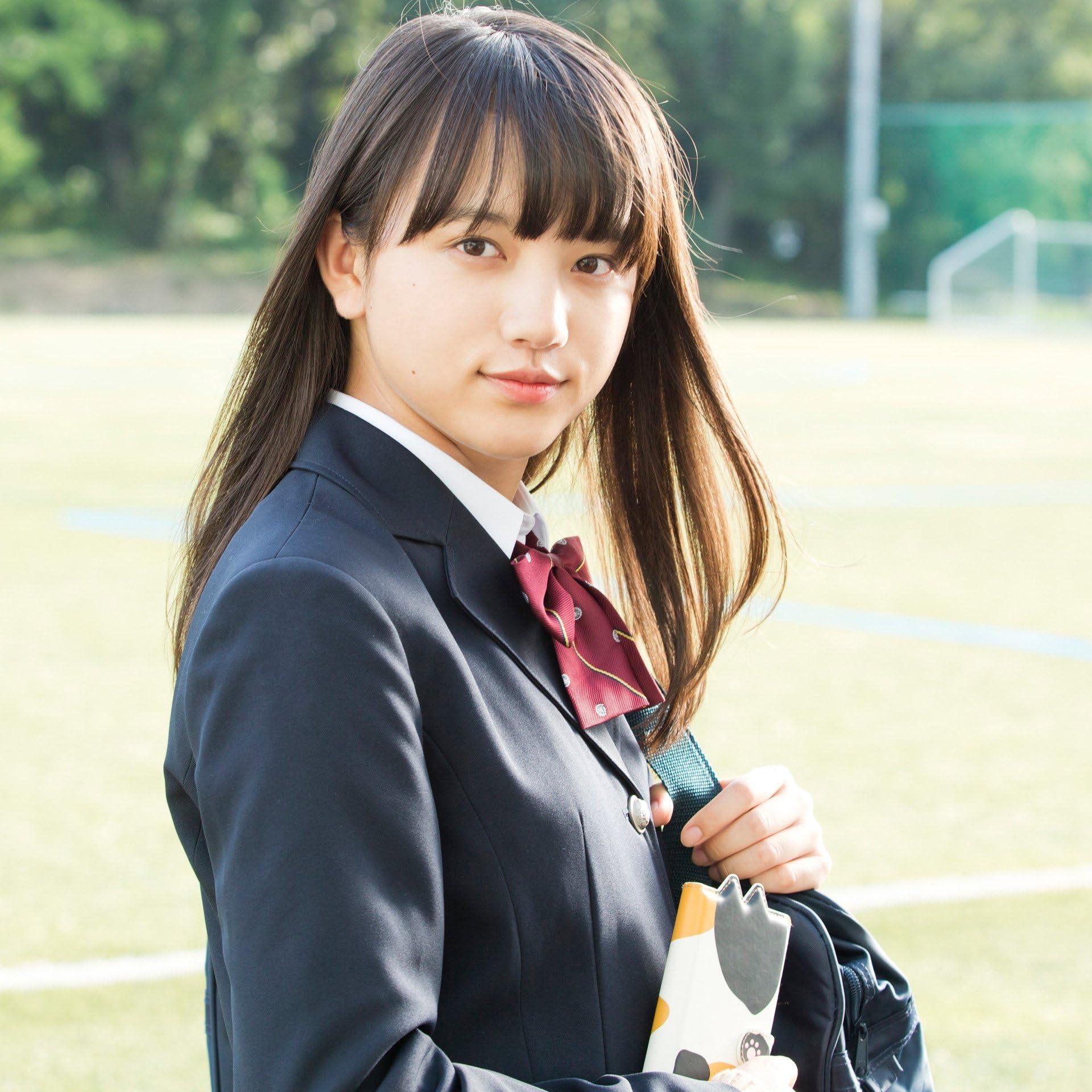 清原果耶 Ipad壁紙 女子高生の樫村一期 制服 女性タレント スマホ用