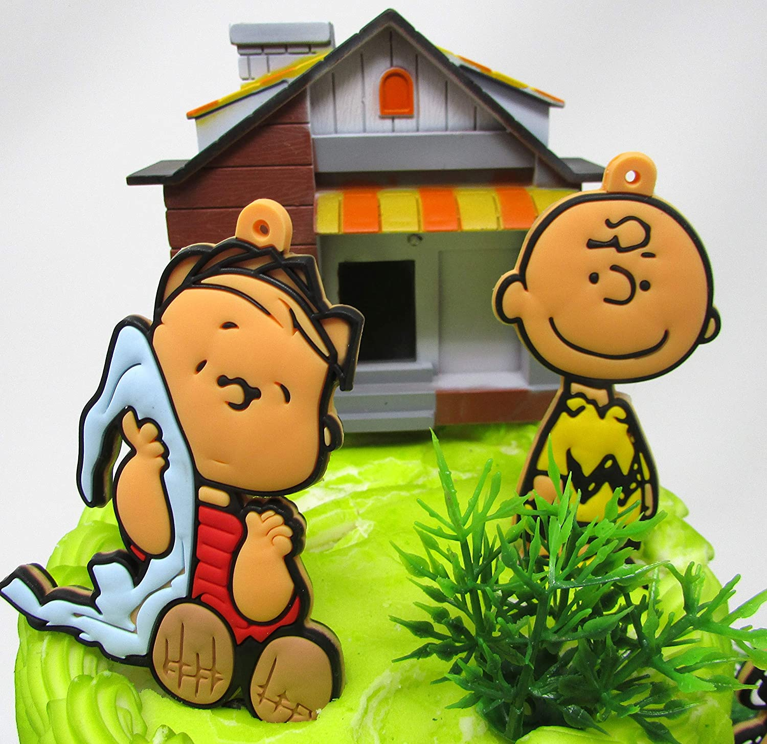 Peanuts Charlie Brown 18 Piece Birthday Cake Topper Set Featuring Charlie Brown Schroeder Linus Lucy Peppermint Patty Woodstock and More Snoopy