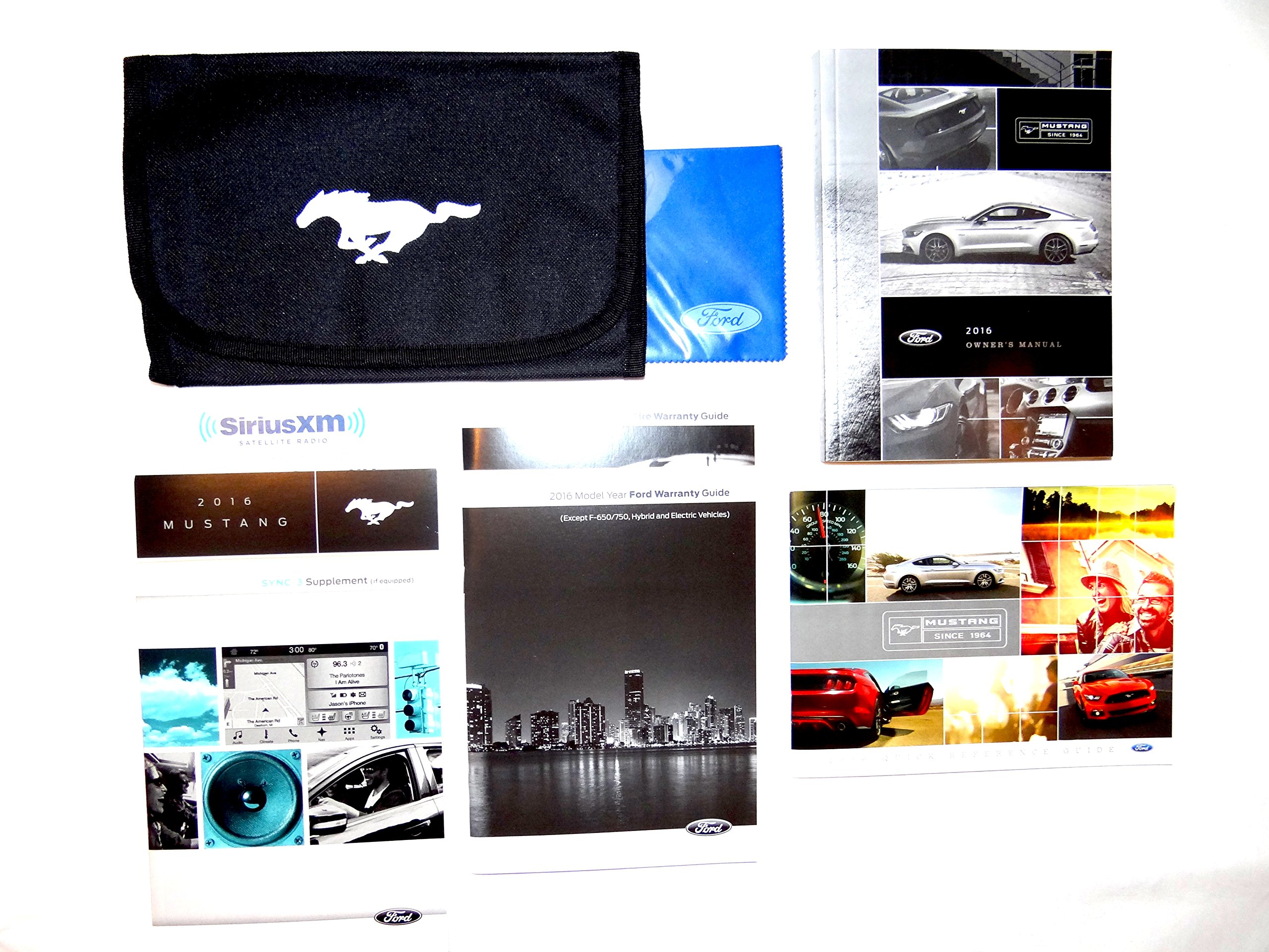 2016 Ford Mustang Owners Manual Set with Case: Ford: 0708676917812:  Amazon.com: Books