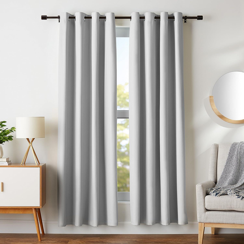 AmazonBasics - Juego de cortinas que no dejan pasar la luz, con ojales, 182 x 117 cm, Gris claro: Amazon.es: Hogar