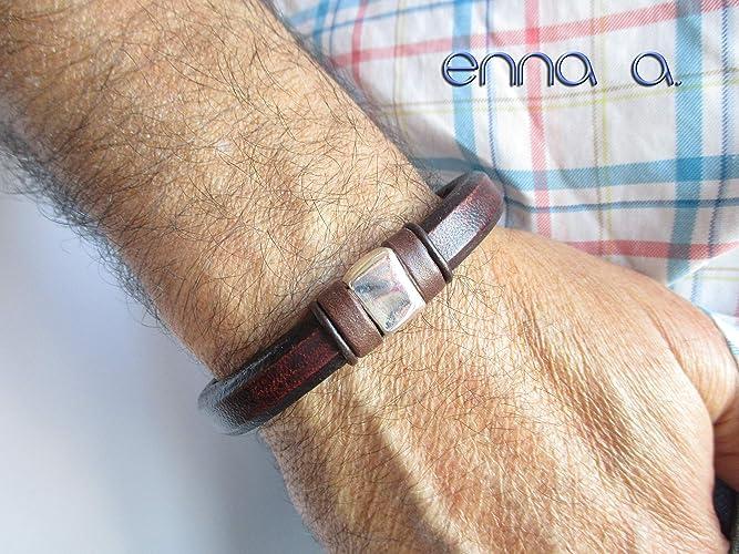 884d3cefeb41 Pulsera de cuero marrón, pulsera de cuero regaliz, pulsera cuero ...