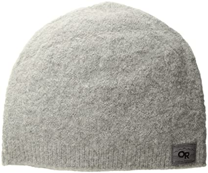 095a2bc92cc Amazon.com  Outdoor Research Apres Beanie