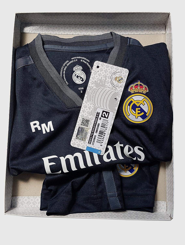 Conjunto Camiseta y Pantalon 2ª Equipación 2018-2019 Real Madrid - Réplica  Oficial Licenciado - Dorsal 7 Ronaldo ... f99c0b29b4d3d