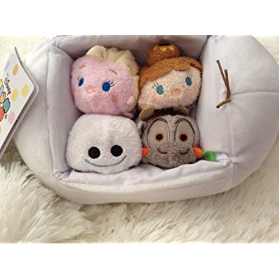 "Disney Tsum Tsum OLAF BAG SET FROZEN FEVER (Includes 3.5"" Tsum Tsums Elsa, Anna, Sven and a Snowgie): Toys & Games"