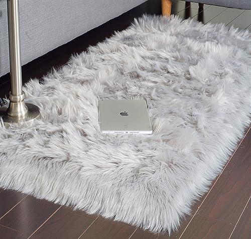 JTL Floorings Grey Fur Rug, Faux Sheepskin Rug for Bedside, Faux Fur Rug, Grey Fuzzy Rug, Grey Fluffy Rug, Grey Shag Rug 2.3 x 5 feet Furry Rugs for Bedrooms, Grey Fur Rugs for Bedroom Carpet
