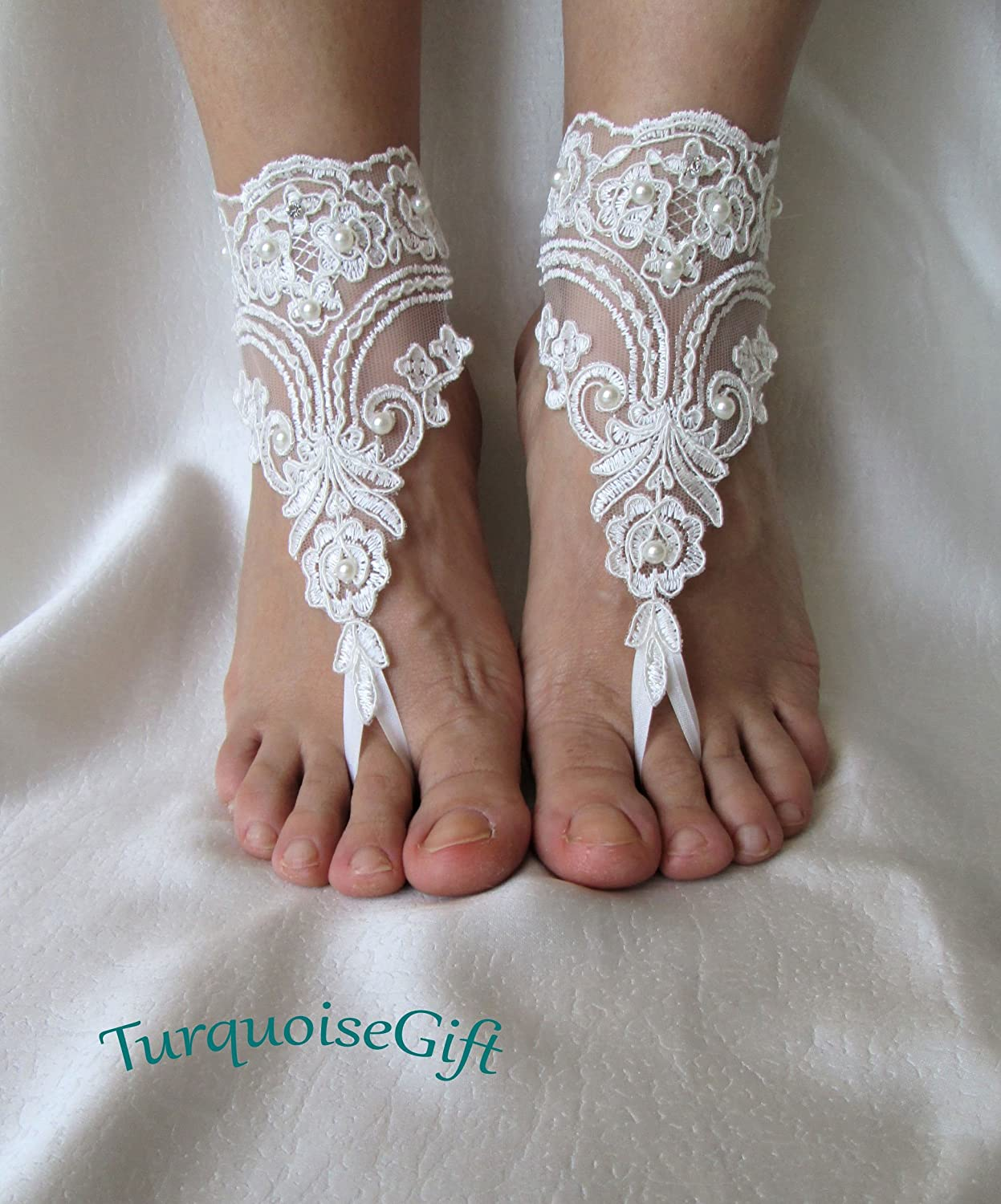 Beach wedding barefoot sandals,Bridal ivory beach sandals,with pearls lace barefoots,anklets
