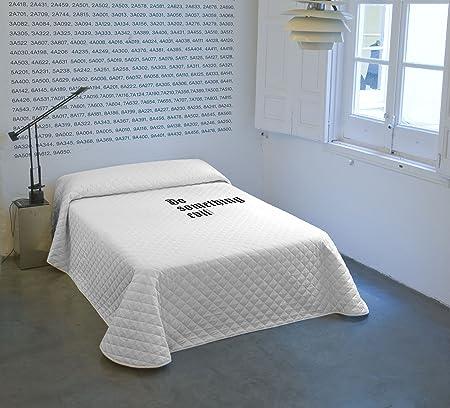 100% algodón,Ideal para los meses de entretiempo por su fino acolchado