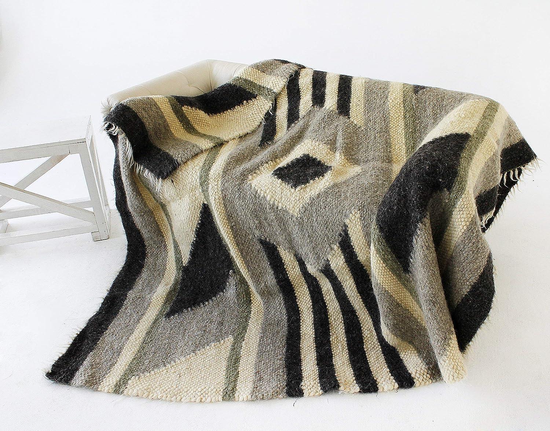 Wool Bed Blanket Queen Size Grey Heavy Wool Blanket 100 percent Warm Throw Blanket Geometric Cozy Plaid
