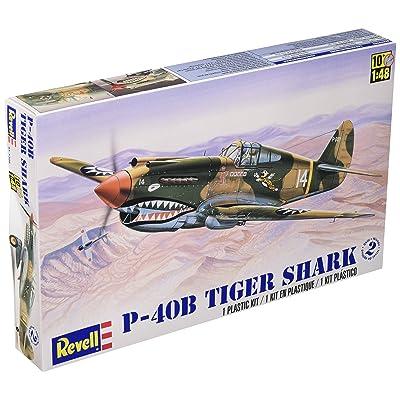 Revell 1:48 P - 40B Tiger Shark Plastic Model Kit: Toys & Games