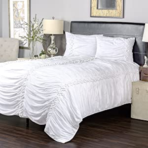 "Rizzy Home BT3117 Quilt, 104""X92"", White"