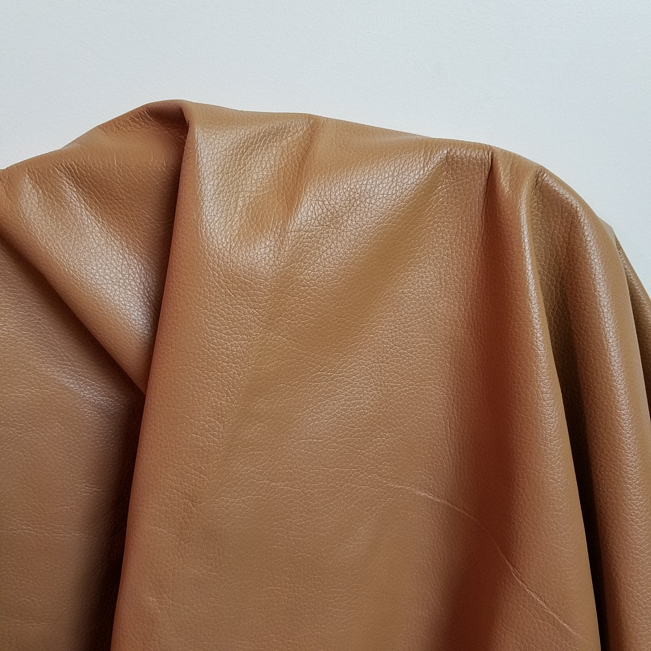 NAT Leathers Camel or Light Tan Weekender 2.5-3.0 oz Pebble grain Soft Upholstery Chap Cowhide Genuine Leather Hide Skin 17 to 22 Square Feet (over 30''x 50'')