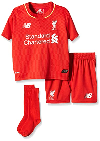 98d6c8c9f34 Amazon.com: Warrior Sports 2015-2016 Liverpool Home Little Boys Mini Kit:  Sports & Outdoors