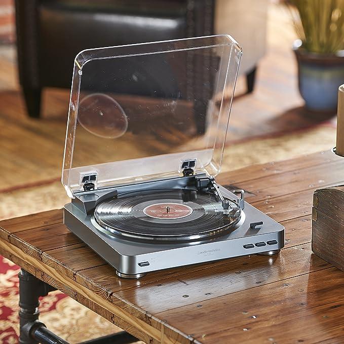 Audio-Technica AT-LP60 tocadisco - Tocadiscos (Corriente alterna, 120V, 60 Hz, Aluminio, Transparente, metal, RCA)