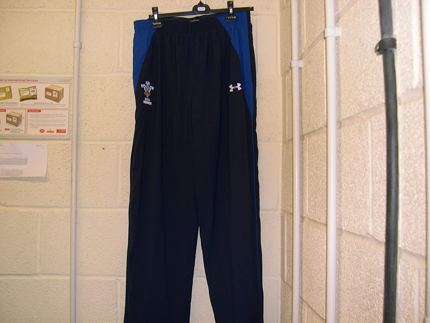 Under Armour Wales Mens Bottoms