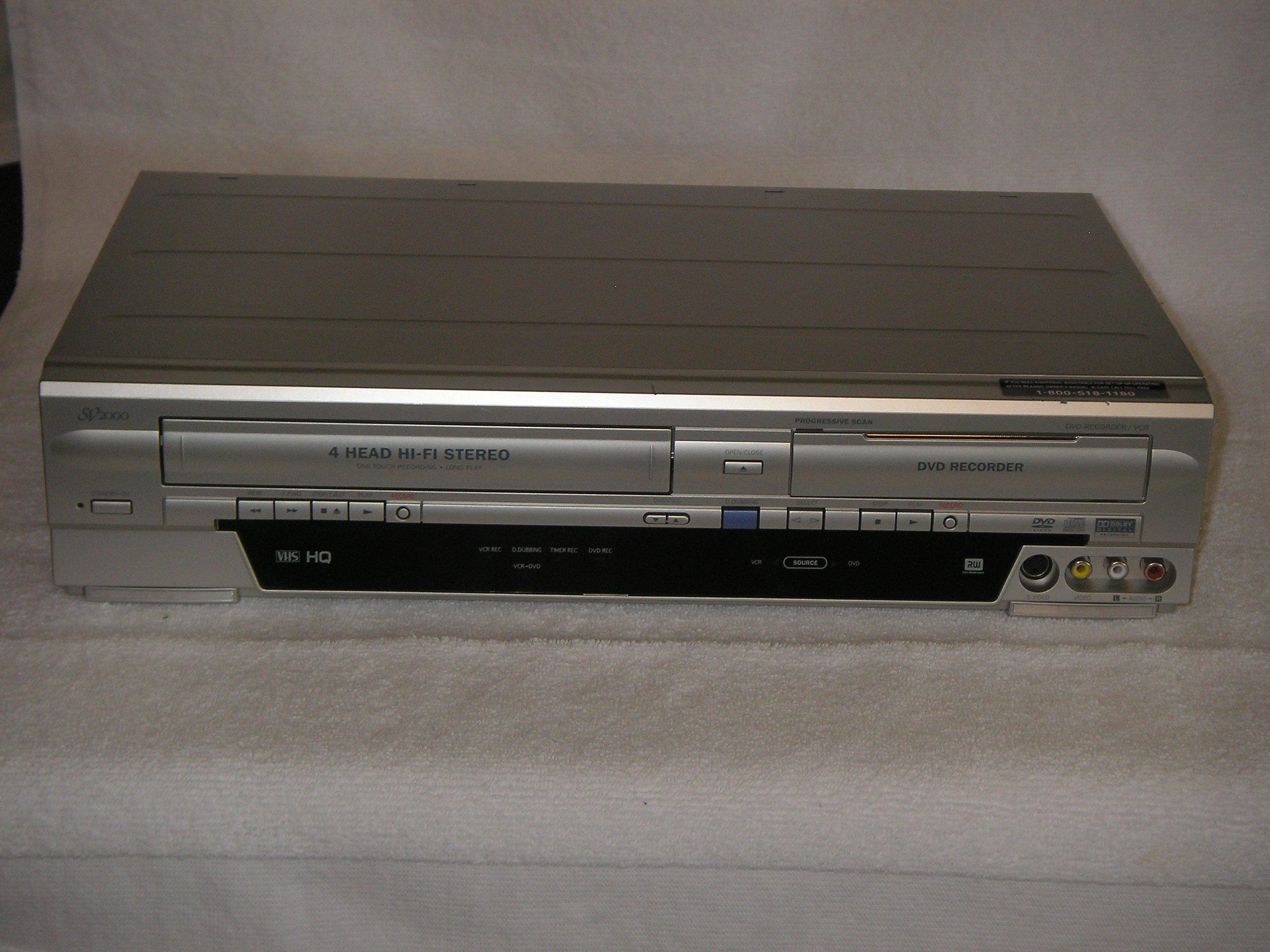 Funai WV20V6 SV2000 DVD Recorder and VCR Combo by Funai