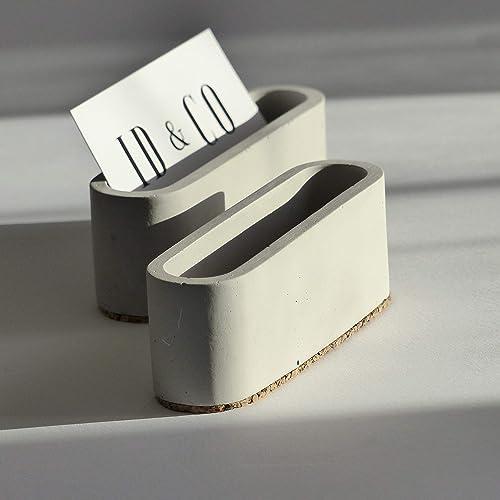 Grauer Konkreter Visitenkartenhalter Für Schreibtisch