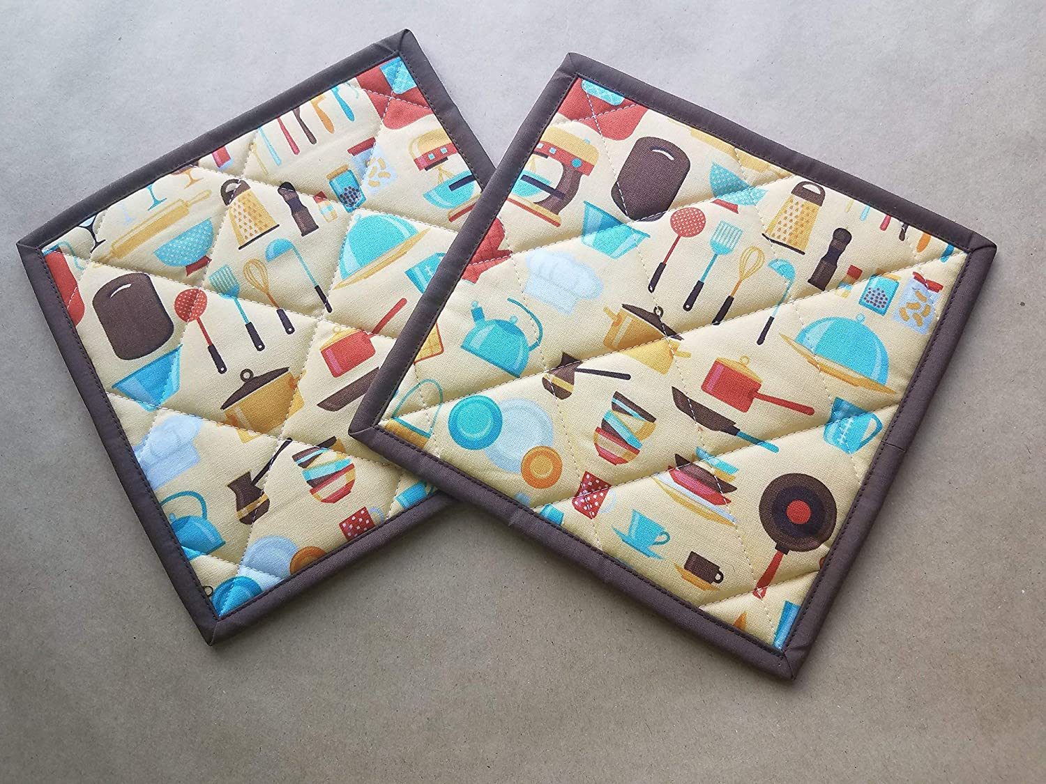Retro Inspired Kitchen Themed Potholders Set of 2, Quilted Trivets, Hot Pads, MCM Gift Ideas, Vintage Kitchen Decor, Aqua, Buttercup, Rust, Brown, Retro Gift Ideas, Retro Kitchen Lover Gifts
