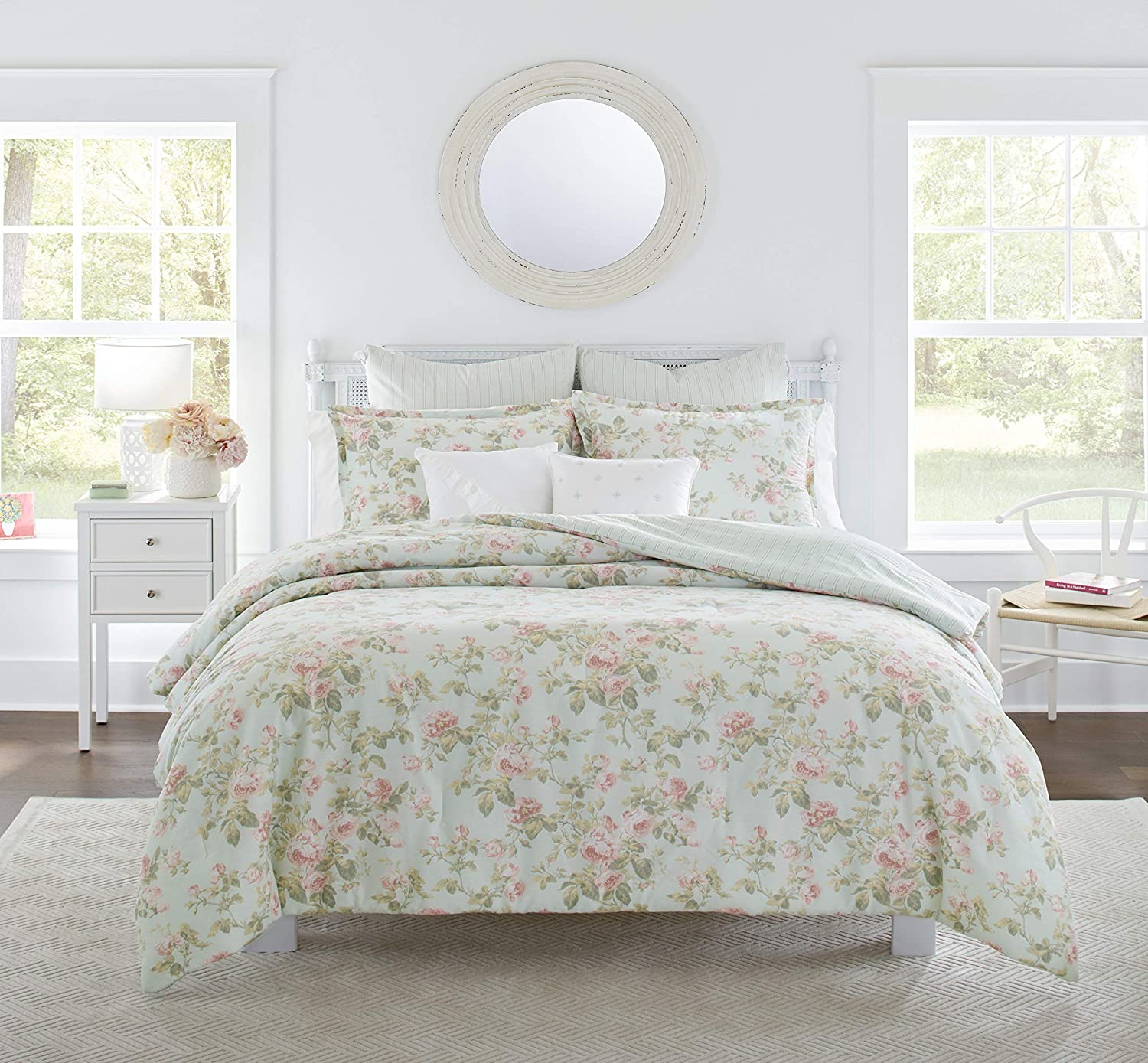 Laura Ashley Home Madelynn Cotton 5 Piece Comforter Bonus Set Twin Amazon Ca Home Kitchen